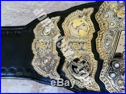 AEW World Hevywieght Wrestling Championship Replica Belt